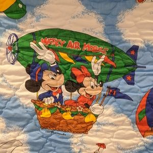 Vintage Disney Mickey Mouse twin quilted bedspread